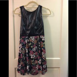 Pleather/floral cute dress!